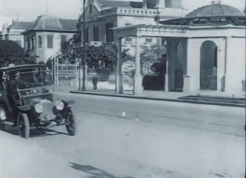 Avenida Paulista, em 1919, nas proximidades do Belvedere Trianon.