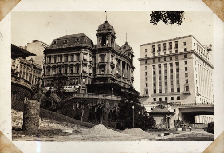 Palacetes Prates e Edifício Matarazzo ao fundo