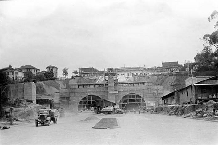 Complexo do túnel 9 de julho em construção, final da década de 1930