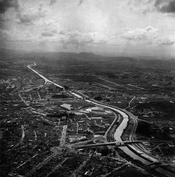 Foto aérea da Marginal Tietê em 1972. Imagem feita por Ivo Justino.