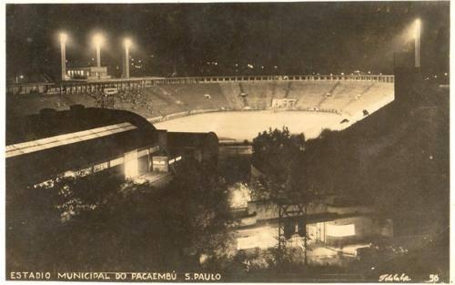 Estádio do Pacaembu na década de 40.
