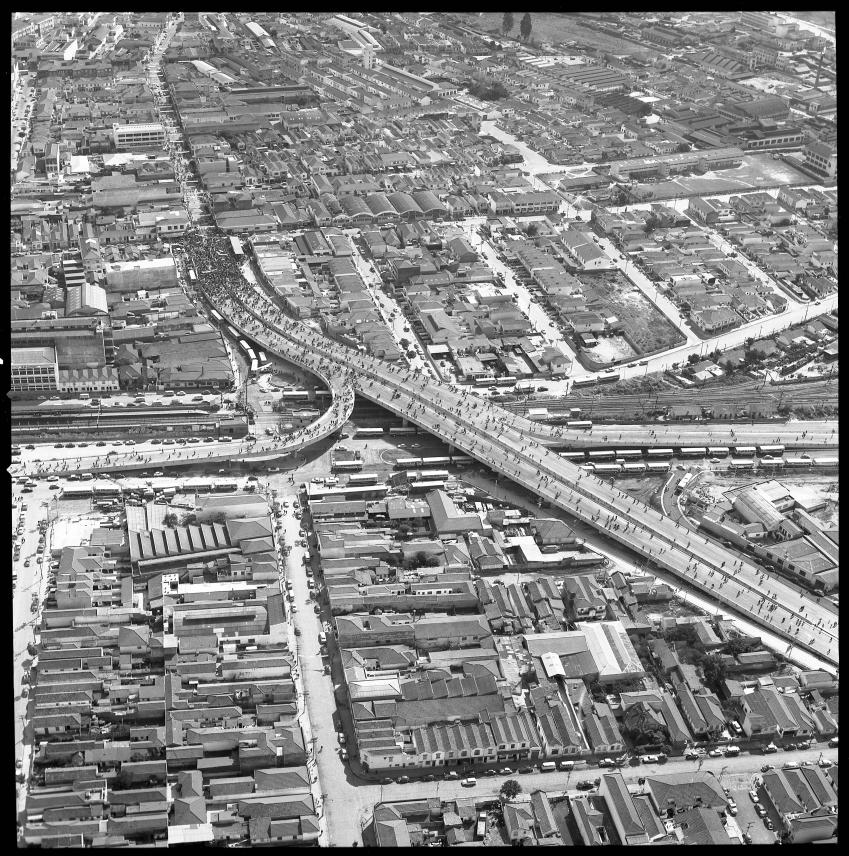Viaduto-Conselheiro-Carrão-na-sua-inauguração-em-1970