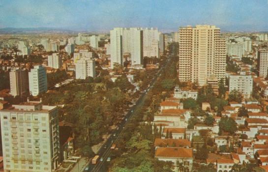 Avenida Paulista no final dos anos 50.