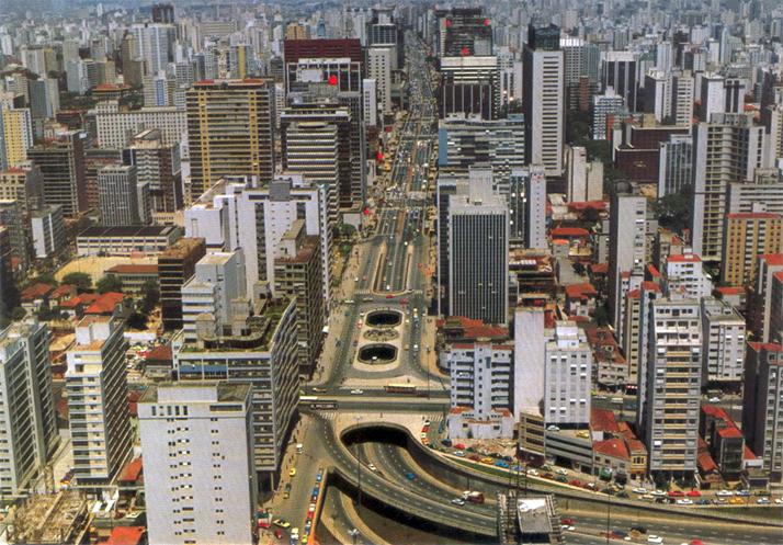 Avenida Paulista nos anos 80