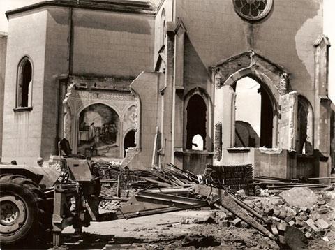 Demolição da Igreja em 1968.