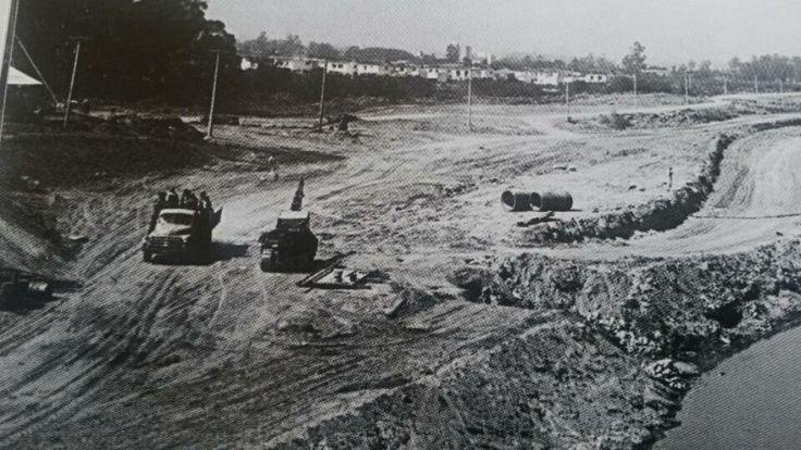 Registro do começo da construção Marginal Pinheiros em 1954.