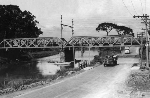 A São Paulo sem a margina Tietê em 1967.