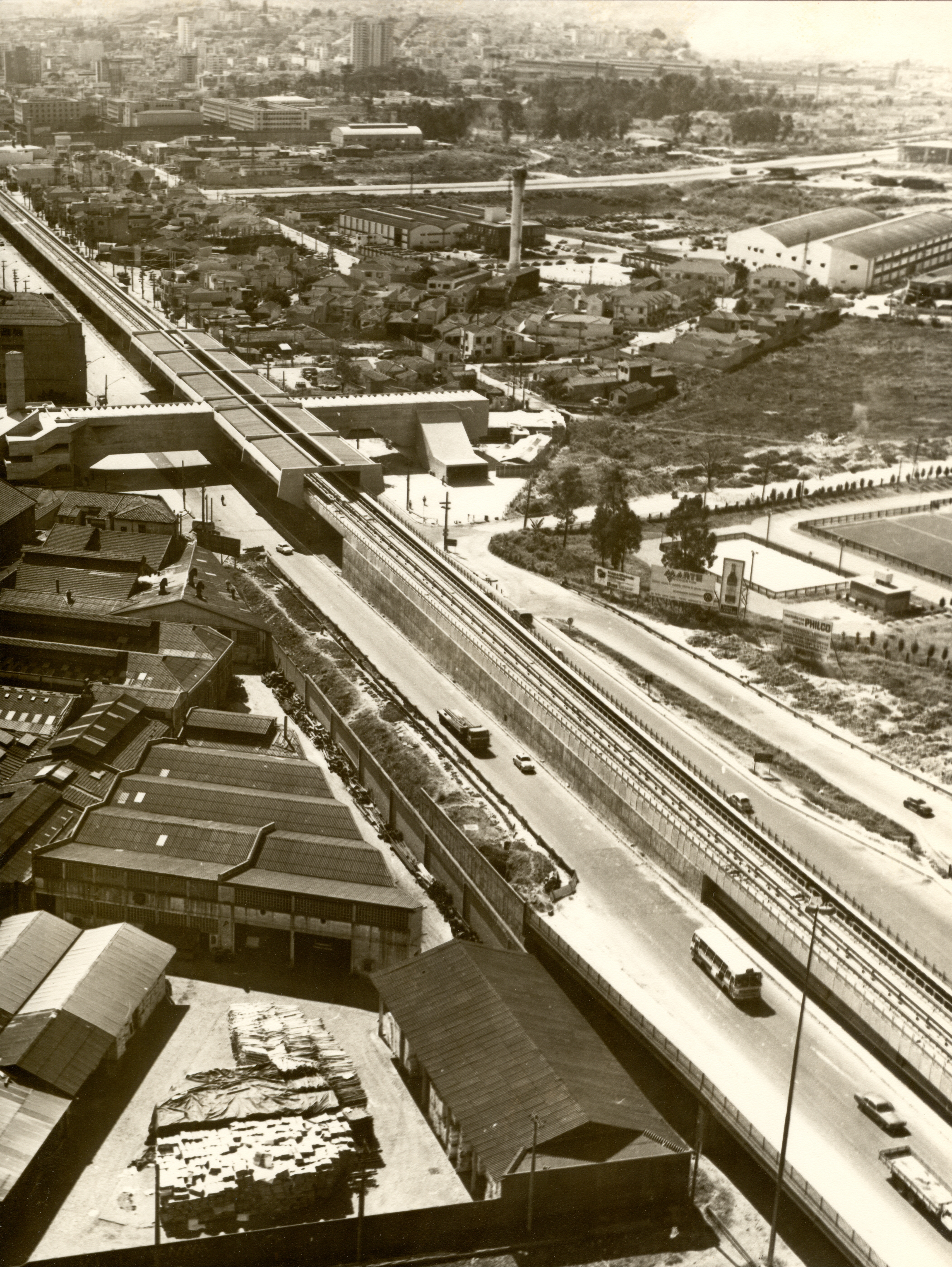 Início das obras do Terminal Rodoviário do Tietê na década de 70
