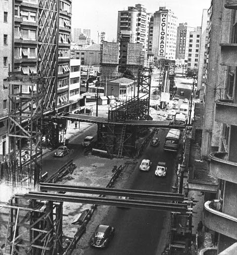 Mais uma da construção do Minhocão na década de 70
