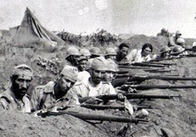 Maria Stella em uma das trincheiras paulistas