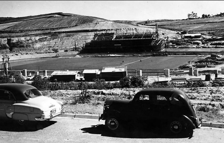 Construção do Morumbi em 1956