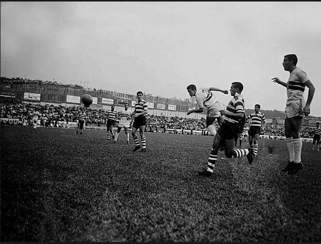 Gol de Peixinho na abertura oficial do Morumbi em 1960