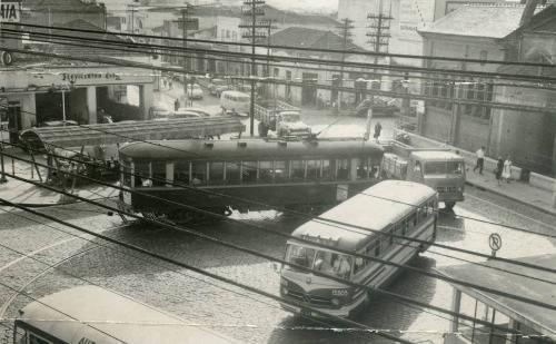 Largo de Pinheiros, década de 60.