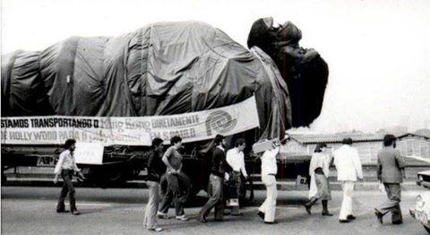 Boneco do King Kong, usado no filme, foi trazido ao Parque do Playcenter, em 1979.