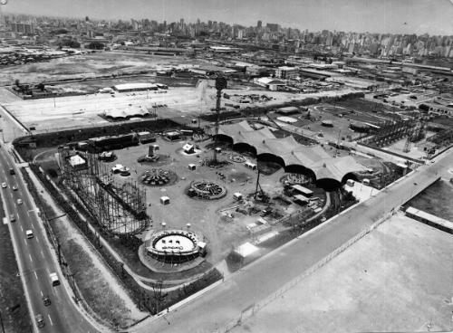 Playcenter em obras no ano de 1973.