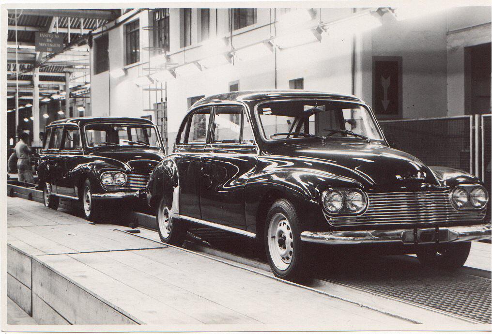 Essas são as duas últimas unidades produzidas: um Belcar e uma Vemaguet, que apagaram as luzes da fábrica DKW-Vemag