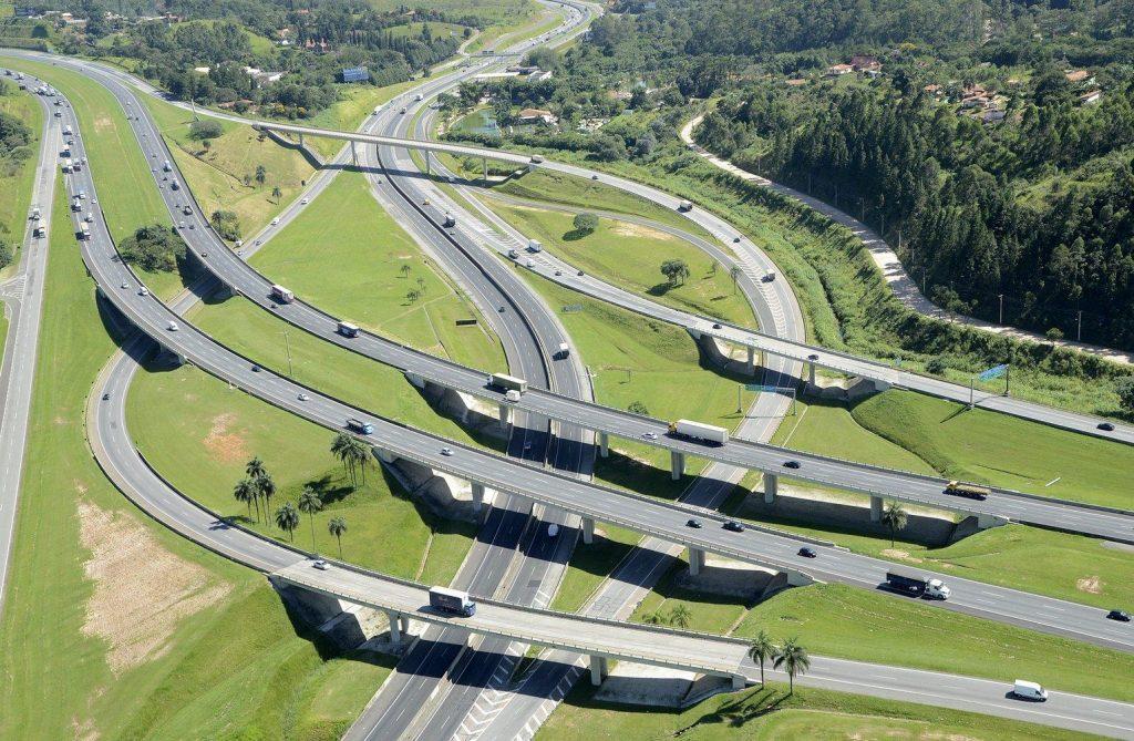 Deputado Carlos Giannazi quer alterar o nome de quatro rodovias do estado de São Paulo. Confiram!